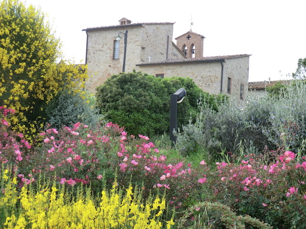 Panoramic view of our garden in the Tuscan hills